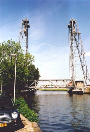 Waddinxveen - Image: Hefbrug Zuidkade