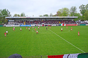 FSV Gütersloh 2009 - FSV Gütersloh (red) vs. Mellendorfer TV (white)