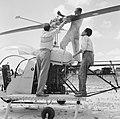 Helikopter, waarschijnlijk bij de airstrip Zorg en Hoop bij Paramaribo, Bestanddeelnr 252-2251.jpg