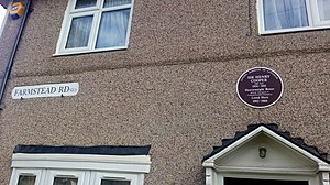 Henry Cooper - Plaque showing former home of heavyweight boxing champion Henry Cooper at 120 Farmstead Road, Bellingham, London Borough of Lewisham