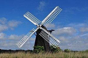 Herringfleet Windmill - Image: Herringfleet Smock Drainage Wind pump geograph.org.uk 1919532