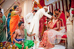 Hindu wedding (ta).jpg