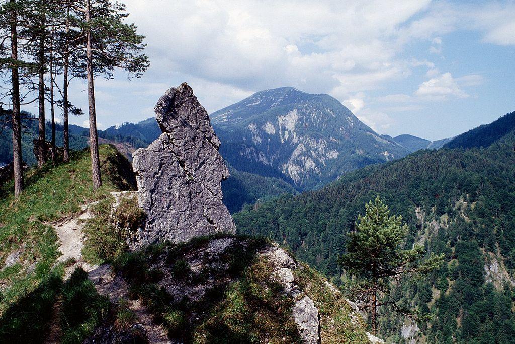 Austrija 1024px-Hintergebirge_01