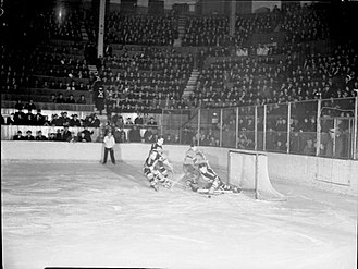 Montreal Forum - Canadiens vs. Chicago Blackhawks at the Forum