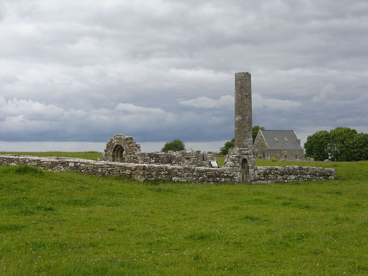 Holy Island Clare St. Caimin's and Brigid's churches.jpg