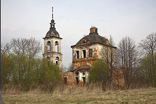 Holy Trinity Church (Veska) 02.jpg