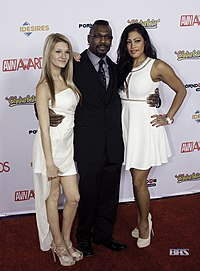 Hope Harper, Jack Hammer and Maxine X at AVN Awards 2016 (26606315081).jpg