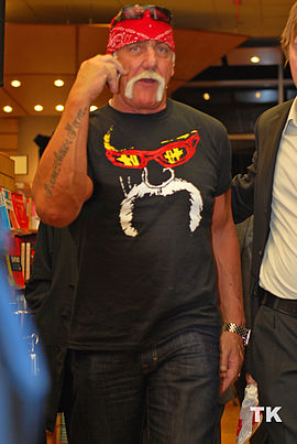 Hulk Hogan in Toronto.jpg