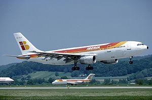 Iberia Airbus A300B4-120 EC-DLG.jpg