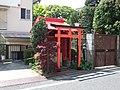 Inari Shrine (稲荷神社) - panoramio (1).jpg