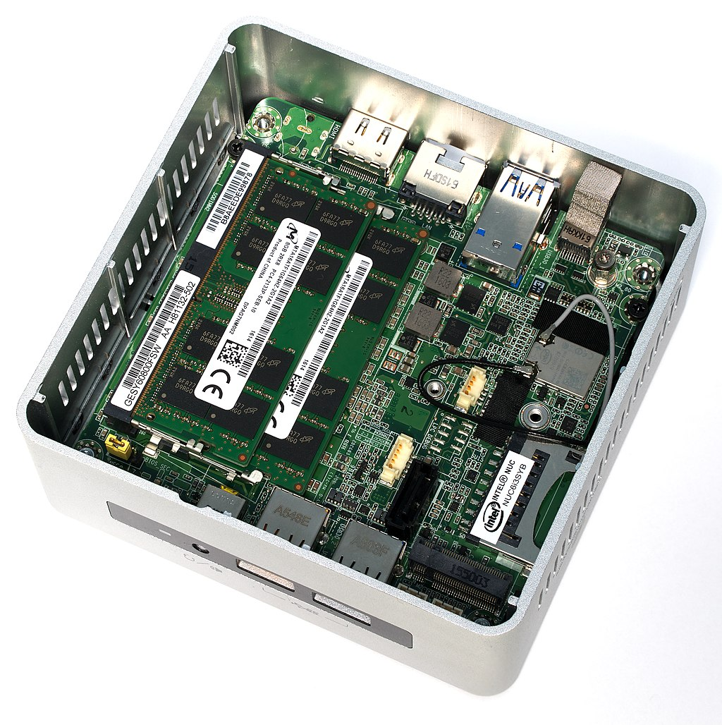 Anyone running a Intel NUC Kit (super micro computer) for