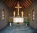 Interieur kapel met Calvariegroep - Steijl - 20341953 - RCE.jpg