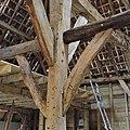 Interieur schuur, detail stijl met schoor - Sint-Michielsgestel - 20340259 - RCE.jpg