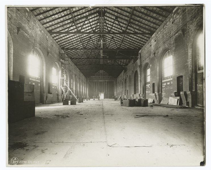 File:Interior work - construction of the main reading room (NYPL b11524053-489664).tiff