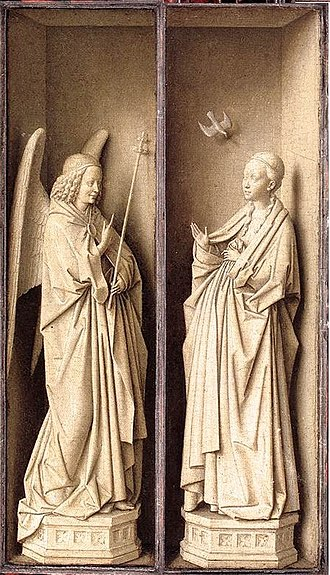 Dresden Triptych - The closed view shows an Annunciation, with imitation statues of the Archangel Gabriel and Mary.
