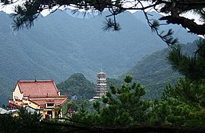 Mount Jiuhua - Temples at Mount Jiuhua