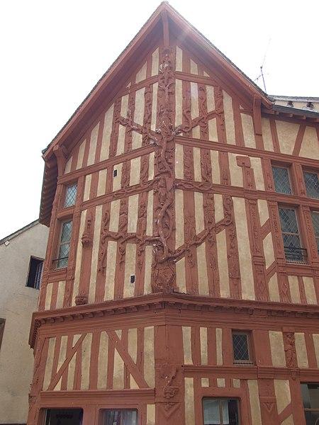 Image 10: maison de l'arbre de jessé à joigny -15ème siècle