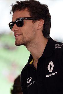 Jolyon Palmer 2016 Malaysia.jpg
