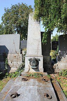 Joseph von Eyblers Grab in Schwechat (Quelle: Wikimedia)