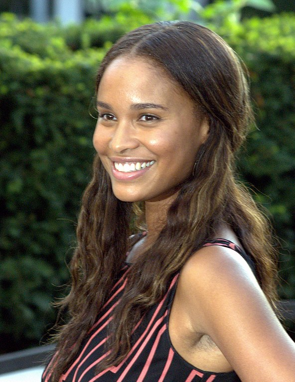 how tall is joy bryant