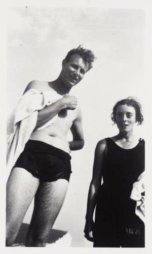 Julian Bell - Julian Bell and Elizabeth Watson, 1930