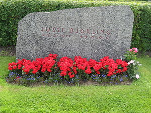 Jussi Björling - Jussi Björling's gravestone at Stora Tuna, Dalarna, Sweden