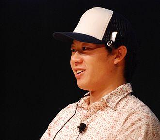 Justin.tv - Justin Kan speaking at Gnomedex in 2007