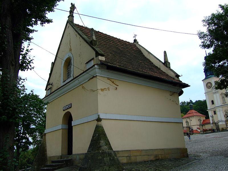 Kaplica św. Rafała należące do Dróżek w Kalwarii Zebrzydowskiej.JPG