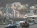 Karlovy Vary, Divadelní náměstí, směr Na Vyhlídce - panoramio.jpg
