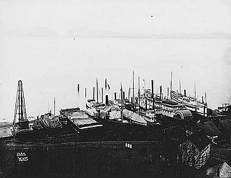 King and Winge Shipbuilding Company - King and Winge shipyard in 1901.