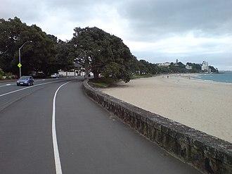 Tamaki Drive - Image: Kohimarama & Tamaki Drive