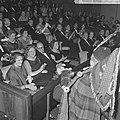 Koningin Juliana is aanwezig bij de filmpremière 'De grootste uren' in de Euro C, Bestanddeelnr 917-1672.jpg