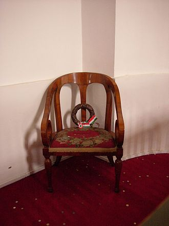 Lajos Kossuth - Kossuth's chair, now in the Great Protestant Church of Debrecen (1848).