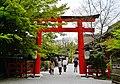Kyoto Shimogamo-jinja Torii 1.jpg