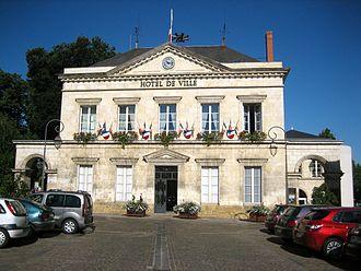 La Châtre - Town hall