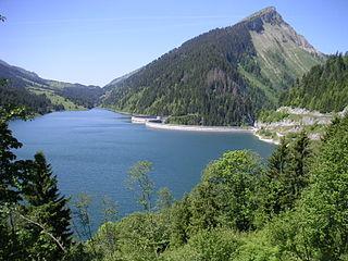 Lac de lHongrin reservoir
