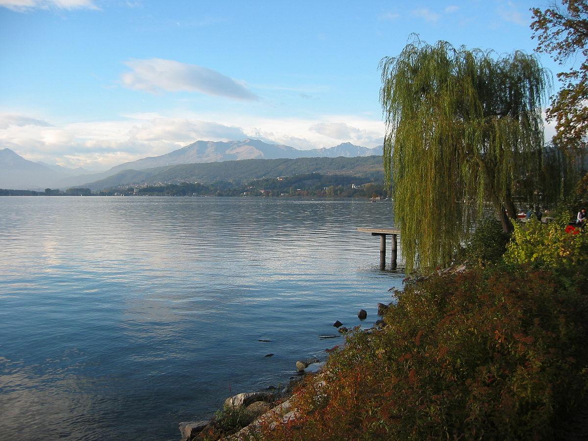 Lago di Viverone - Wikipedia