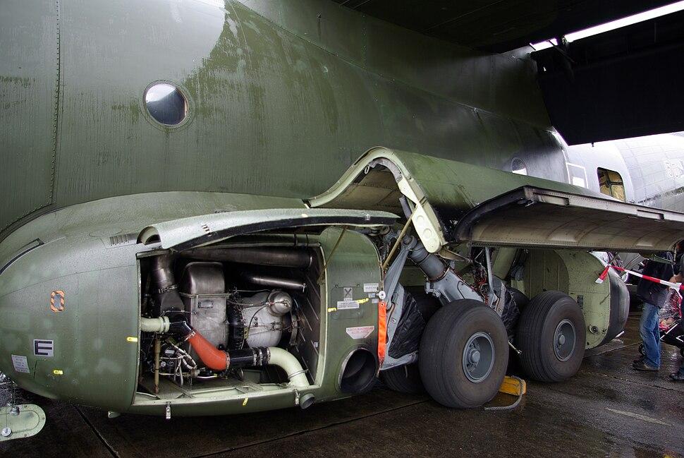 Landing gear&APU C-160 AirExpo 2008