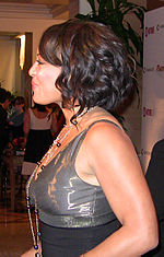 Lauren Velez Golden Globe 2009 afterparty cropped.jpg