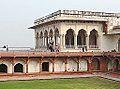 Le Diwan-i-Khas (Fort Rouge, Agra) (8520260483).jpg
