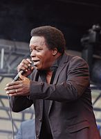 Lee Fields & The Expressions (Haldern Pop 2013) IMGP3963 smial wp.jpg