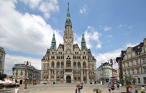Liberec náměstí a radnice. Rathaus und Marktplatz in Reichenberg (Liberec)