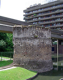 London wall bastion.jpg
