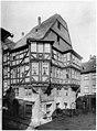 Ludwig Bickell-Hessische Holzbauten-Heft 02 03-1891-034-Marburg Ecke der Markt- und Wettergasse ca 1590.jpg
