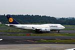 Lufthansa Boeing 747-430 (D-ABTK-29871-1293) (20379577769).jpg