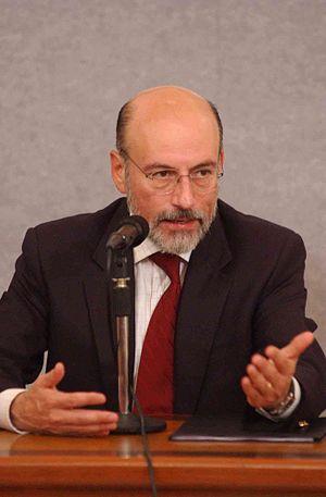 Luis Felipe Bravo Mena - Luis Felipe Bravo