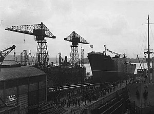 MS Sinfra - Fernglen being launched at Akers Mekaniske Verksted in 1929