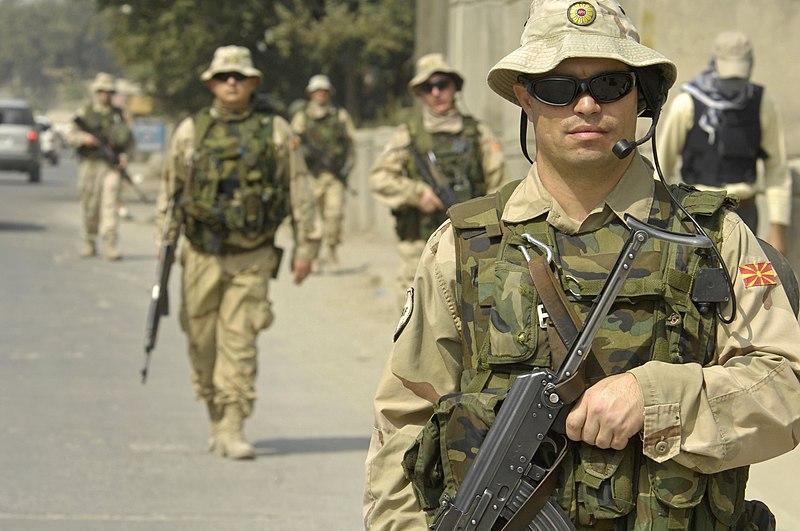 Armée de la République de Macédoine du Nord  / Army of the Republic of North Macedonia (ARSM)  800px-Macedonian_Soldiers_in_Kabul