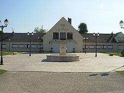 Mairie de Marolles-en-Hurepoix (Essonne).jpg