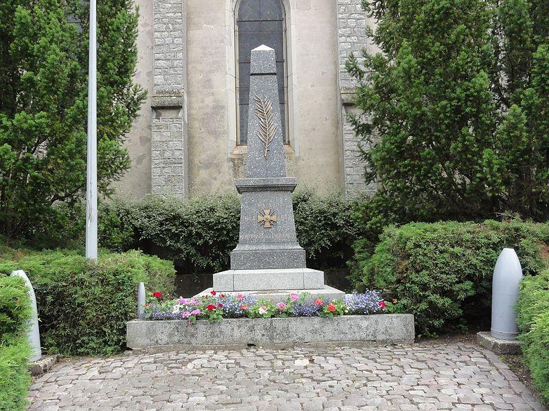 Maixe (M et M) monument aux morts